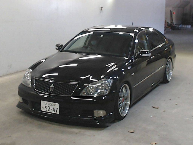 TOYOTA CROWN 2005 ref: CCN10122011 (001)