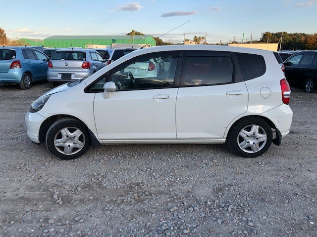 HONDA FIT 2002 ref: CCM0702011 (008)