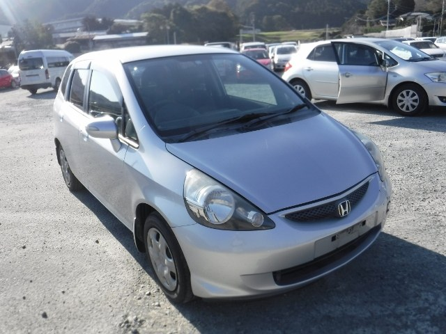 HONDA FIT 2006 ref: CCM2812011 (001)