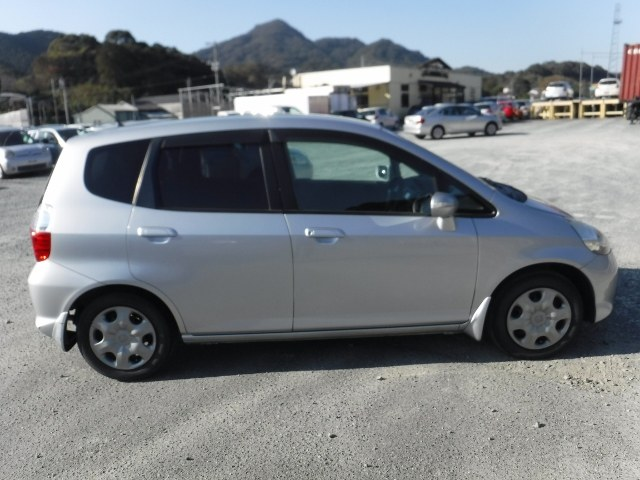 HONDA FIT 2006 ref: CCM2812011 (008)