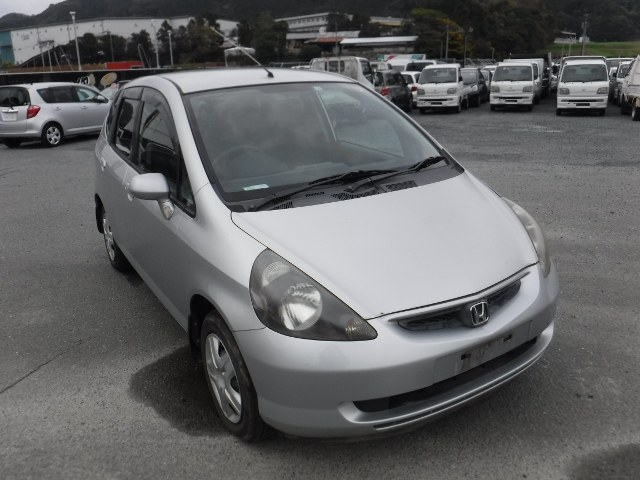 HONDA FIT 2002 ref: CCM3602011 (001)