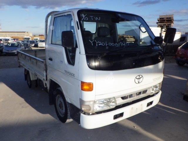 TOYOTA TOYOACE 1995 ref: CCN11712010 (001)